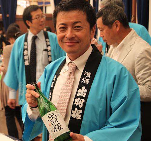 出羽桜笑顔201009.jpg